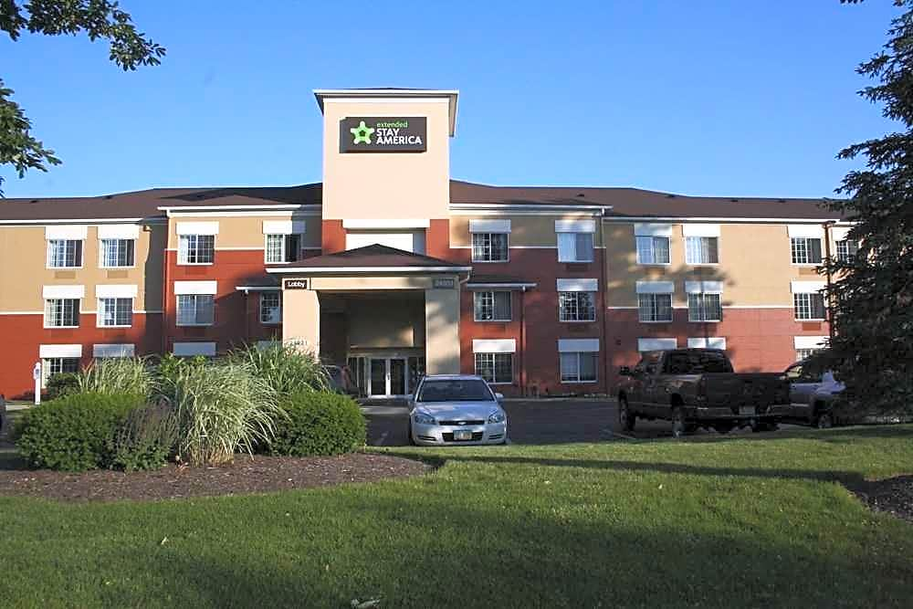 Furnished Studio - Cleveland - Airport - North Olmsted
