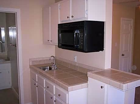 Photo: Woodland Hills Apartment for Rent - $825.00 / month; 1 Bd & 1 Ba