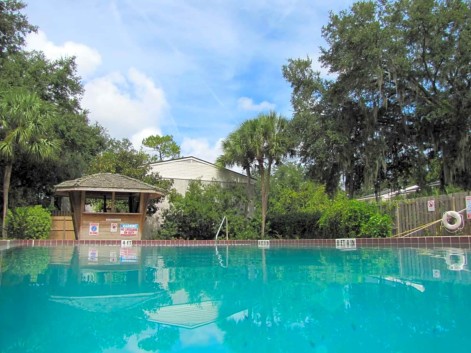 Photo: Fernandina Beach Apartment for Rent - $750.00 / month; 2 Bd & 1 Ba