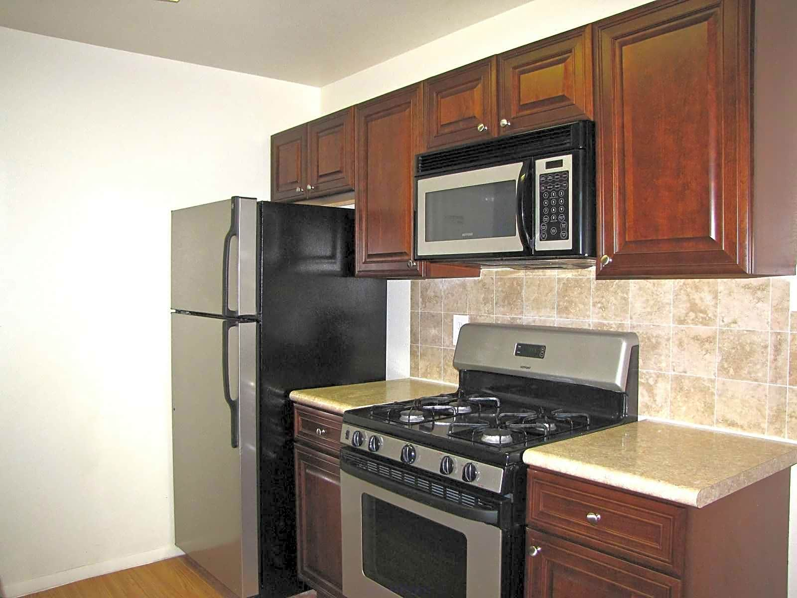 Photo: Santa Fe Apartment for Rent - $720.00 / month; 2 Bd & 1 Ba