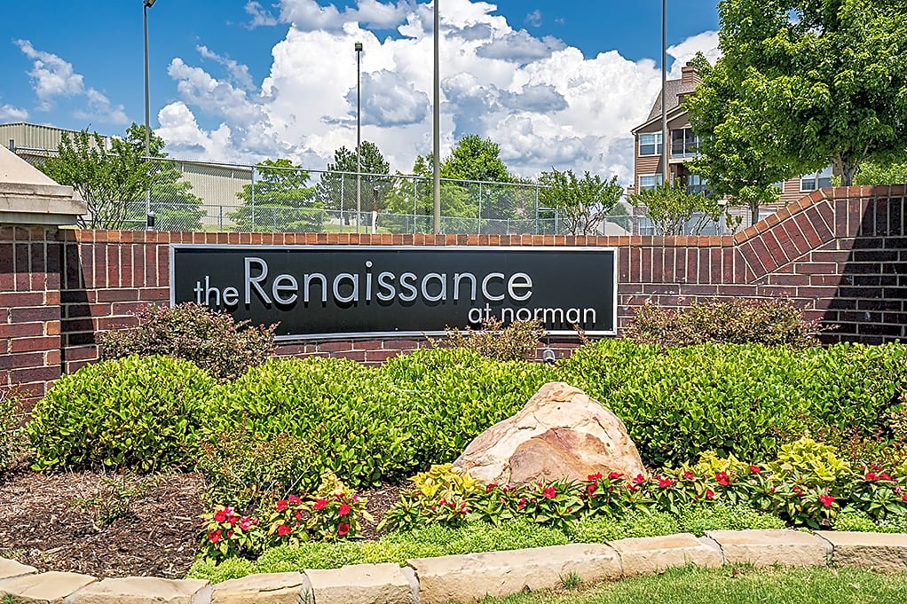 Apartments Near OU Renaissance At Norman for University of Oklahoma Students in Norman, OK