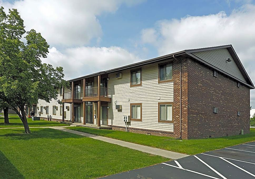 Apartments Near BGSU Ridgewood for Bowling Green State University Students in Bowling Green, OH