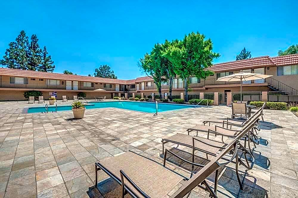 Apartments Near Scripps Canyon Club for Scripps College Students in Claremont, CA