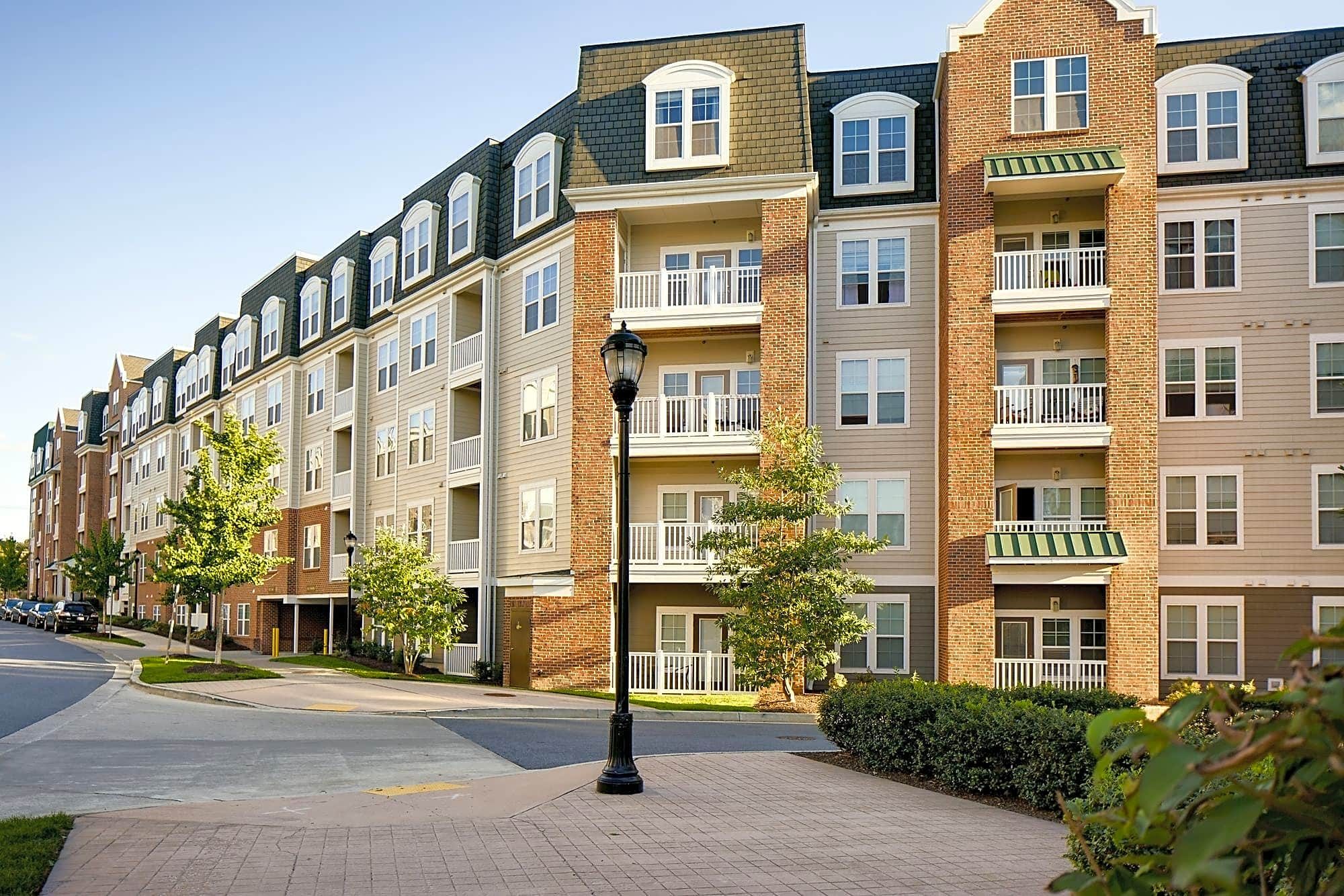 The Quarters at Towson Town Center Apartments