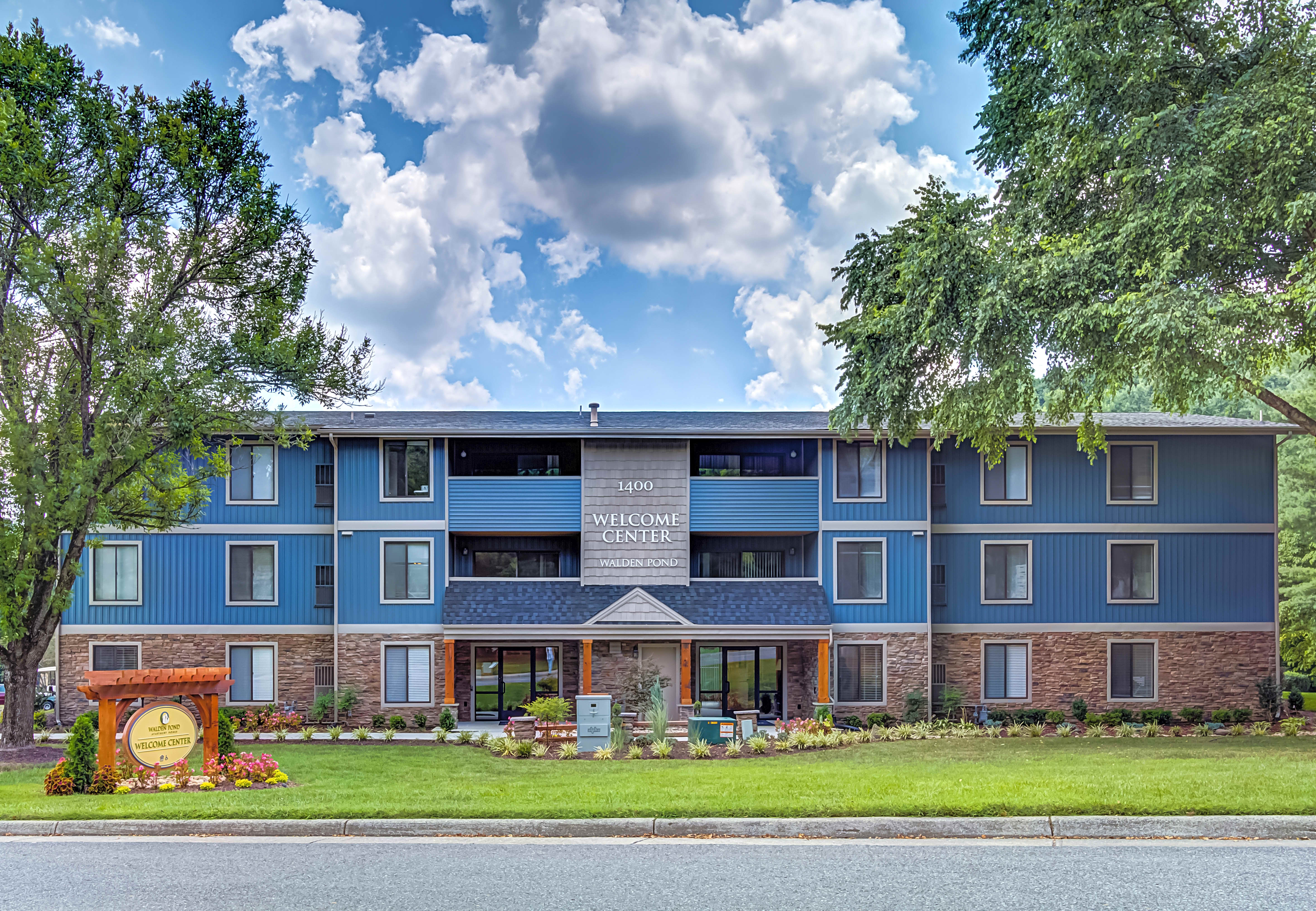 Apartments Near LC Walden Pond for Lynchburg College Students in Lynchburg, VA
