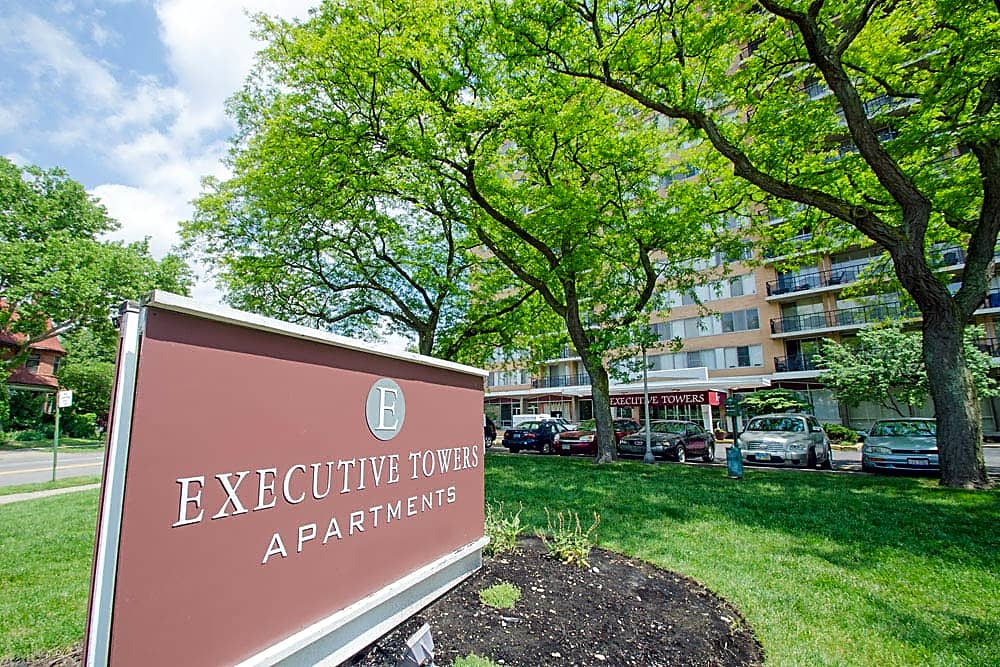 Apartments Near UT Executive Towers for University of Toledo Students in Toledo, OH