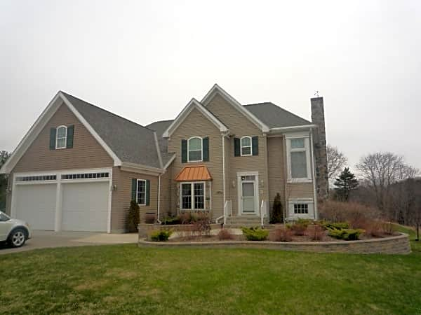 House for Rent in Bangor