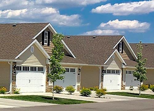 Apartments Near BGSU River's Edge Rentals for Bowling Green State University Students in Bowling Green, OH