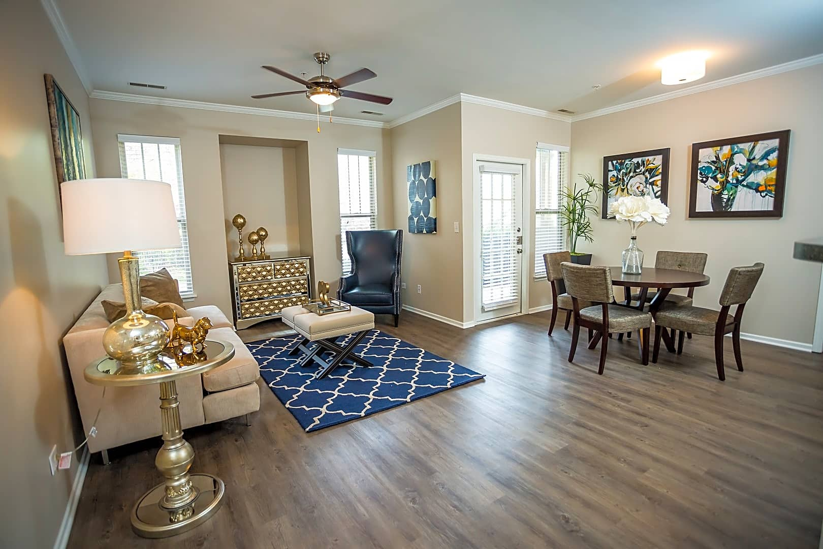 Apartments Near Lewis Meadows At River Run for Lewis University Students in Romeoville, IL