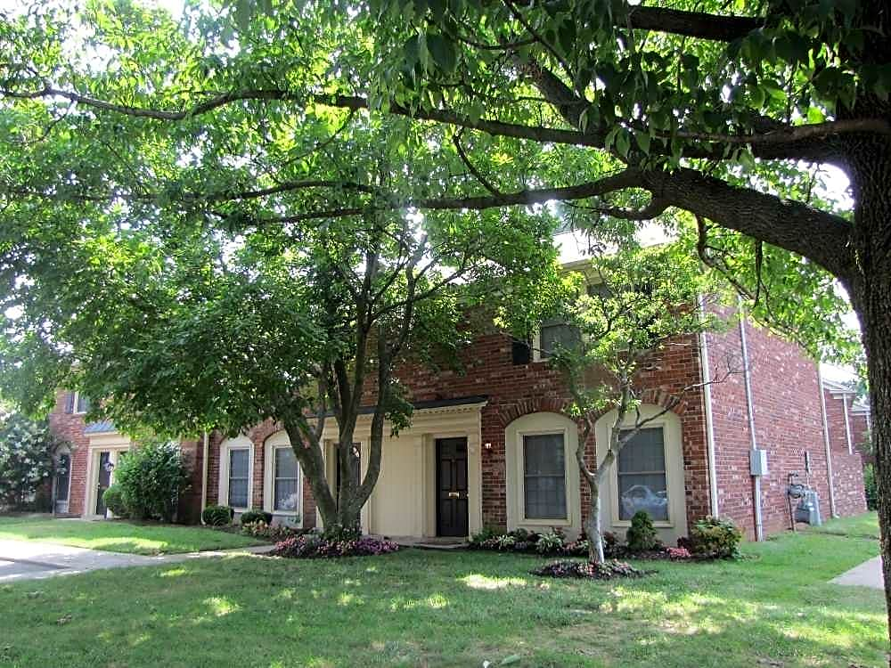 Charlestown Of Douglass Hills for rent in Louisville