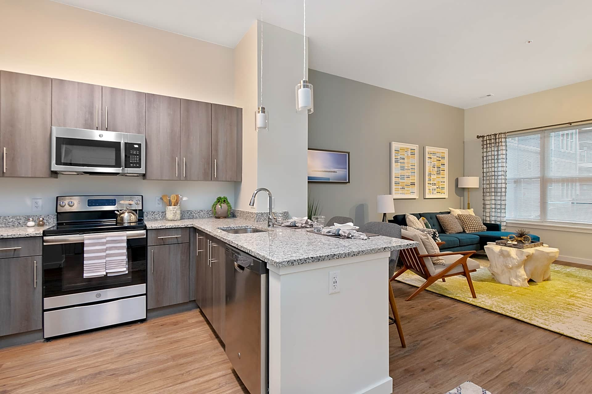 Apartments Near ENC The Q for Eastern Nazarene College Students in Quincy, MA