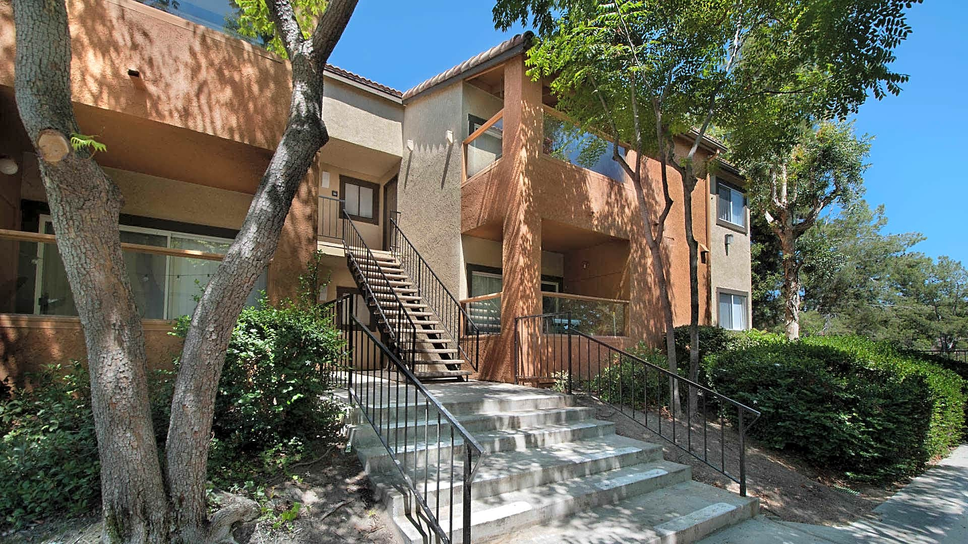 Siena Terrace Apartments - Lake Forest, CA 92630