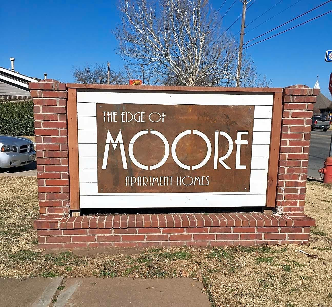 The Edge Of Moore Apartments
