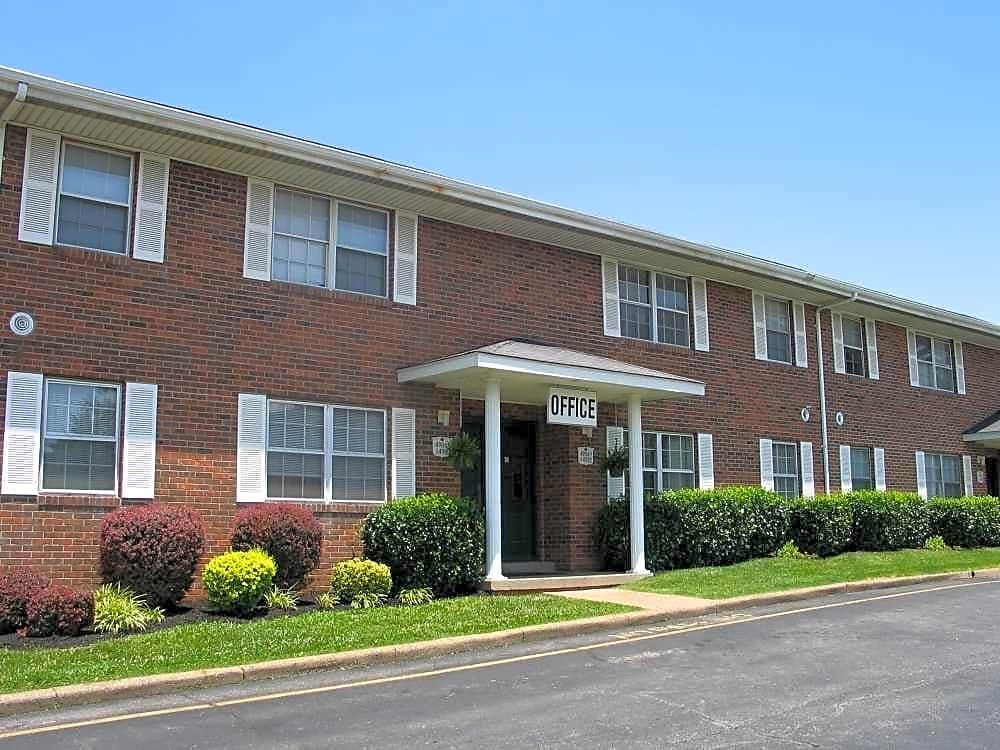Apartments Near Ross Medical Education Center-Evansville Fairmont Apartments for Ross Medical Education Center-Evansville Students in Evansville, IN