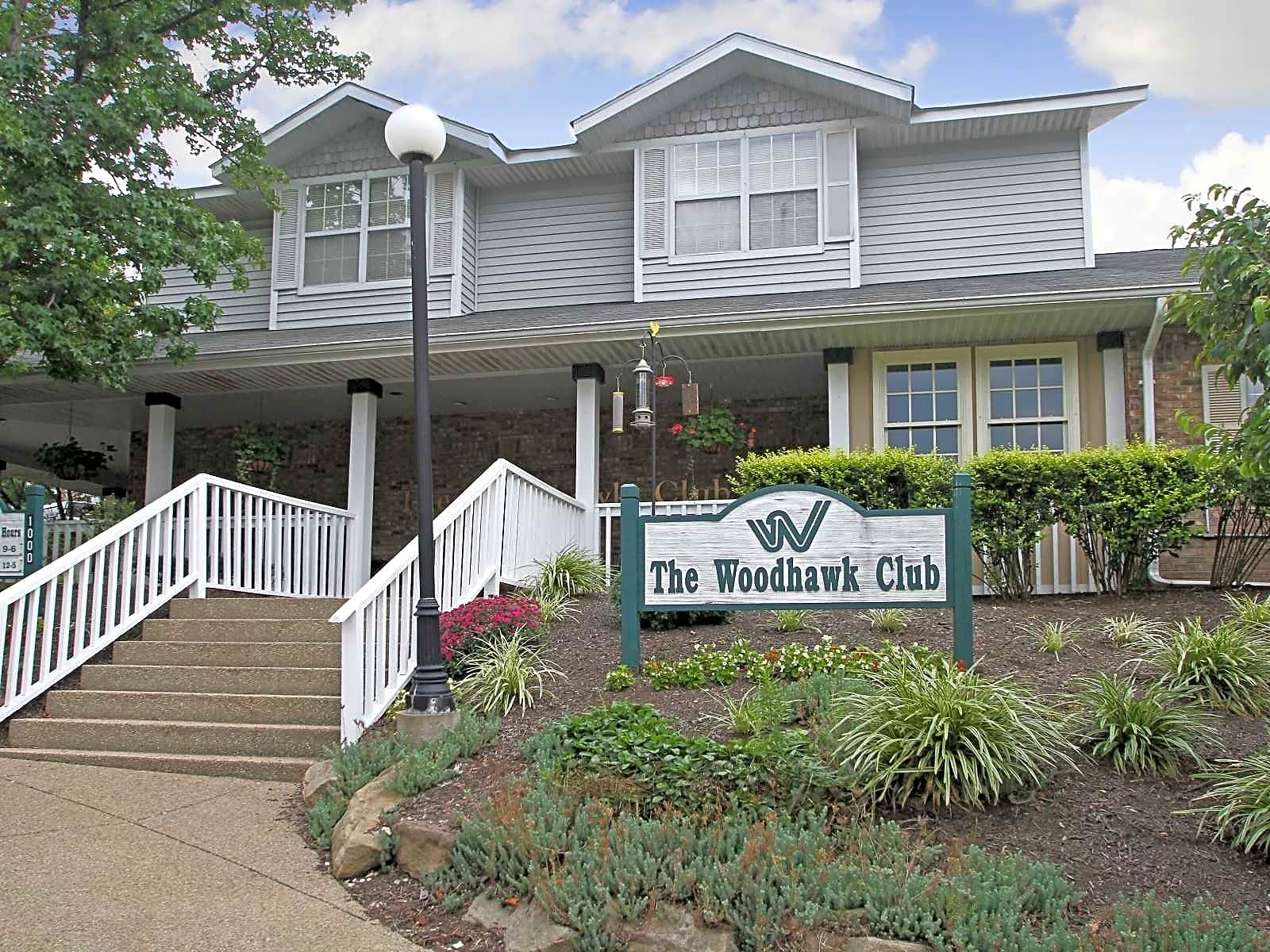 Apartments Near La Roche The Woodhawk Club for La Roche College Students in Pittsburgh, PA