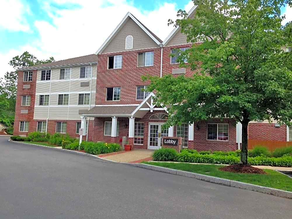 Apartments Near Gordon Furnished Studio - Boston - Peabody for Gordon College Students in Wenham, MA