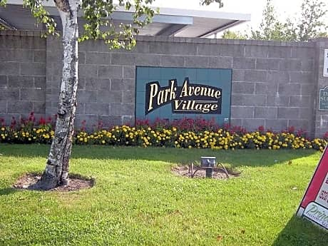 Park Avenue Village for rent in Salem