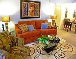 Apartments Near Texas A&M Saddlewood Club for Texas A&M University Students in College Station, TX