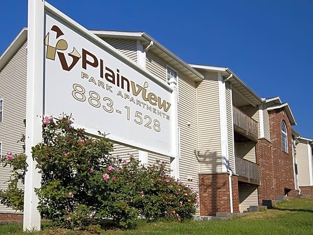 Apartments Near Missouri College of Cosmetology North Plainview Park for Missouri College of Cosmetology North Students in Springfield, MO