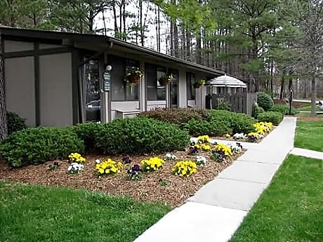 Photo: Newport News Apartment for Rent - $670.00 / month; 1 Bd & 1 Ba