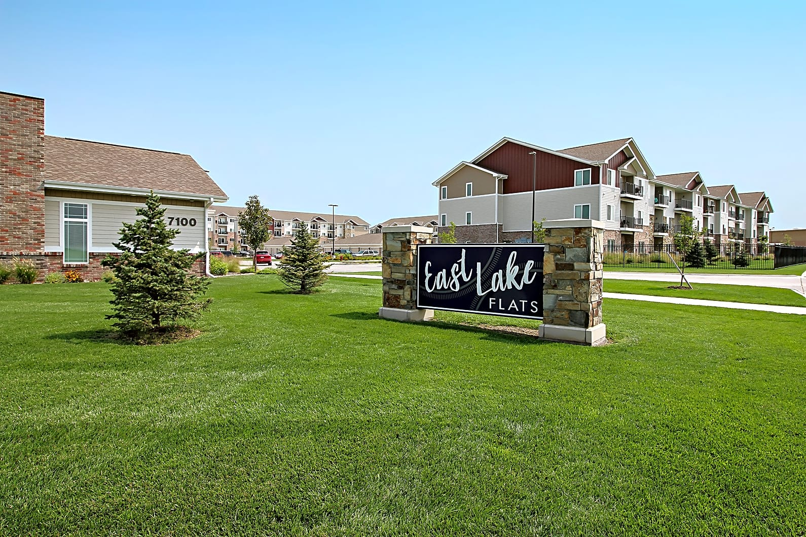Apartments Near University of Nebraska East Lake Flats for University of Nebraska - Lincoln Students in Lincoln, NE