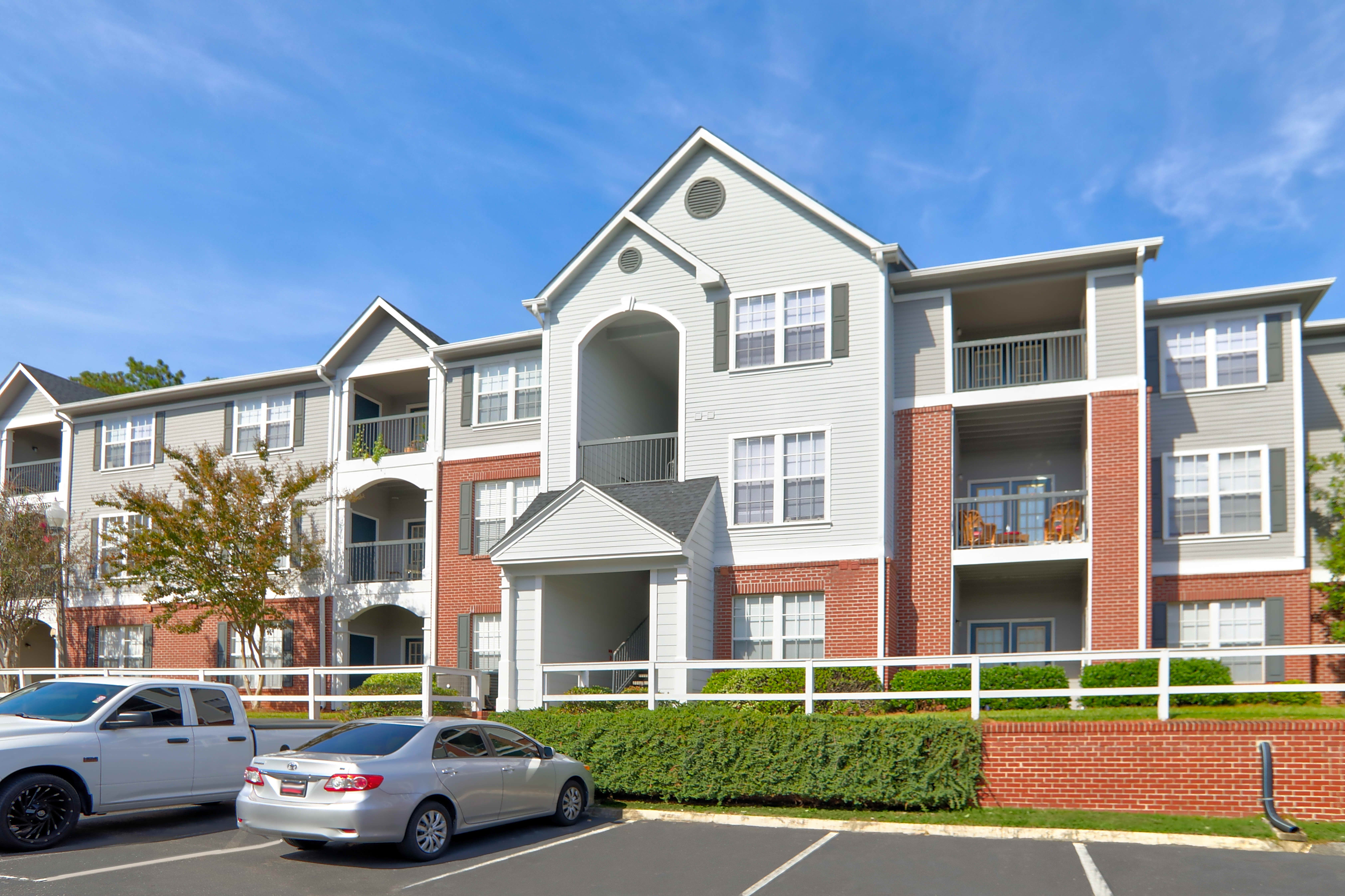 Apartments Near South Alabama | College Student Apartments