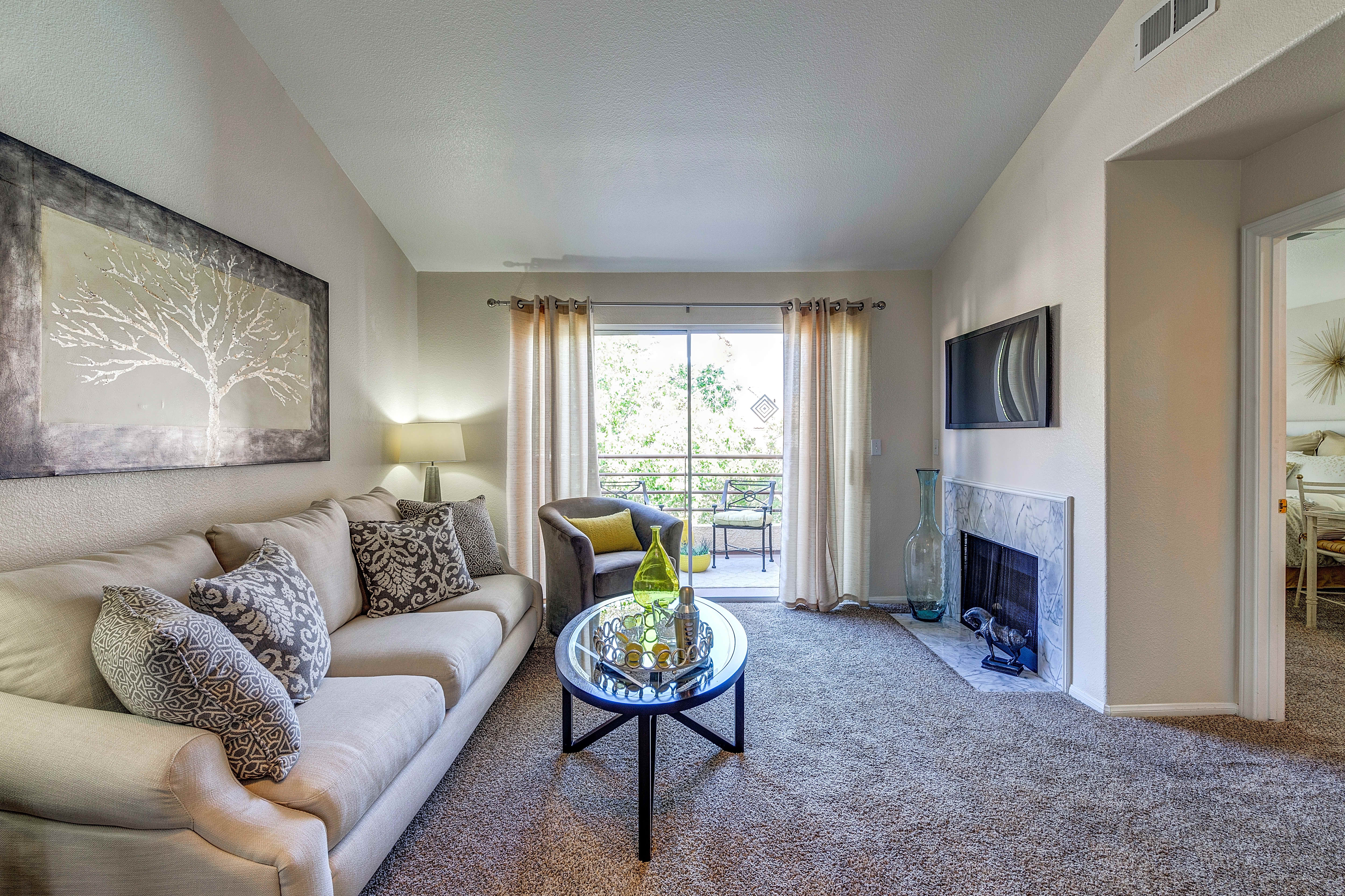 Apartments Near NSC Palm Villas at Whitney Ranch for Nevada State College at Henderson Students in Henderson, NV