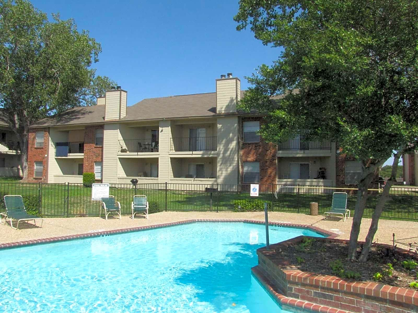Marine Park Apartments Fort Worth