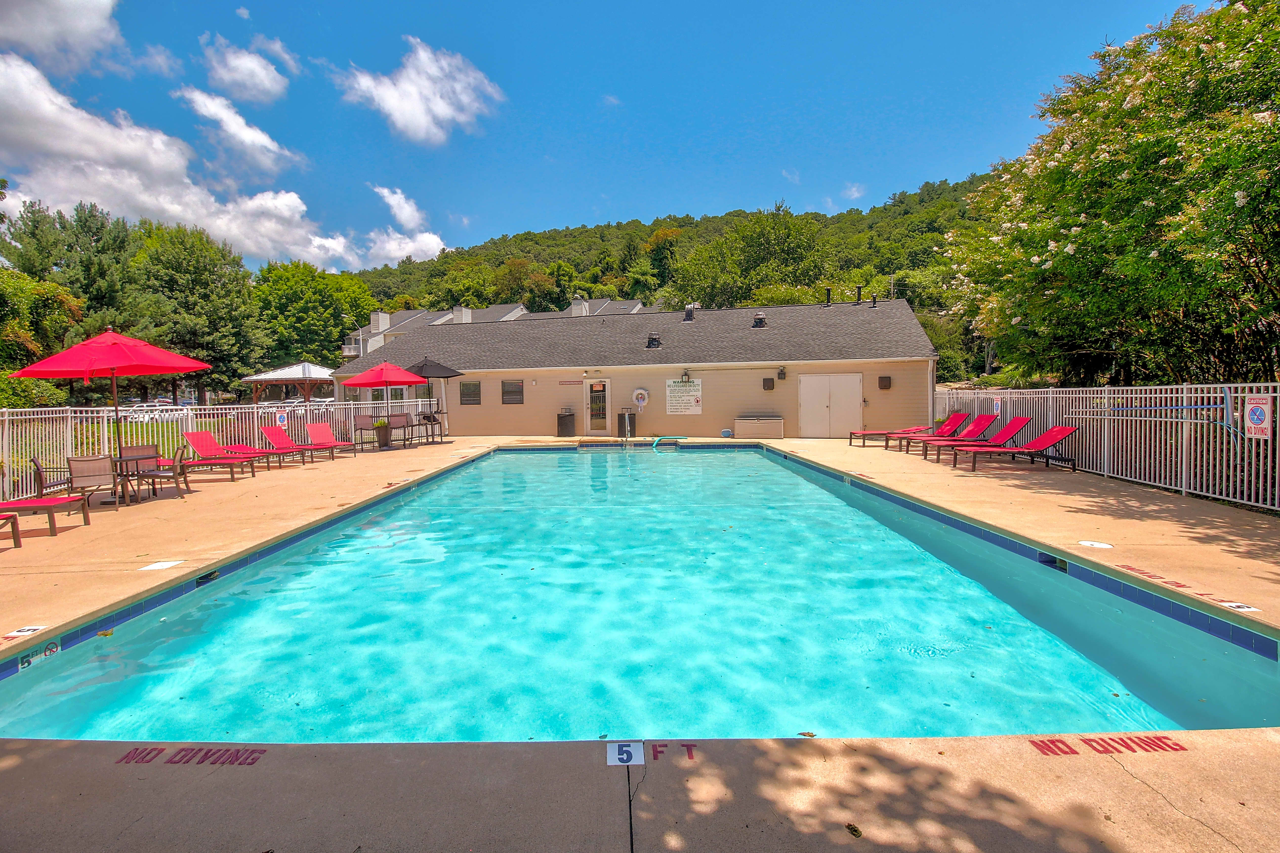 Apartments Near Montreat Woodberry for Montreat College Students in Montreat, NC