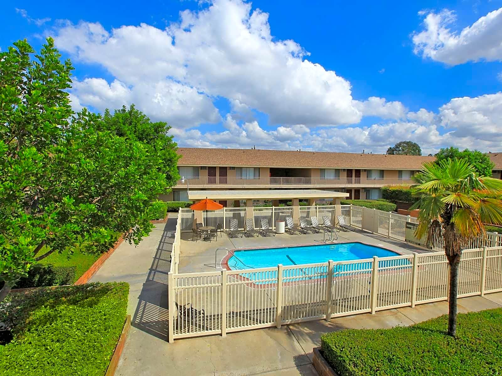 Pet Friendly Apartments In Tustin Ca Pet Friendly Houses For Rent