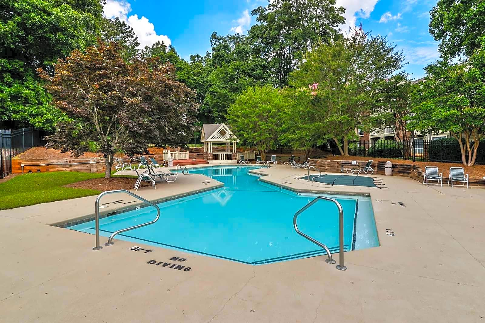 The Oasis At Regal Oaks Apartments Charlotte Nc 28212
