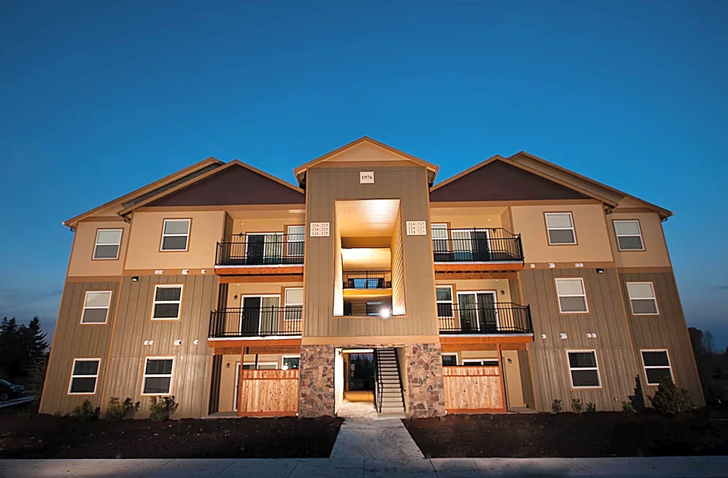 Apartments Near COCC The Reserve at Metolius for Central Oregon Community College Students in Bend, OR
