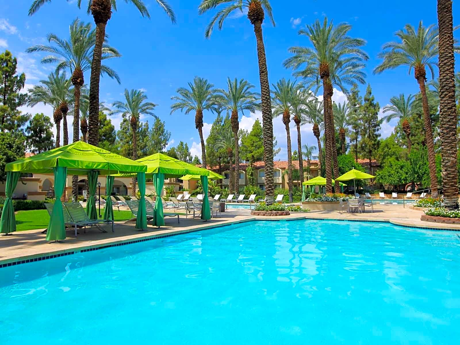 The Regent Palm Desert Apartment Homes for rent in Palm Desert