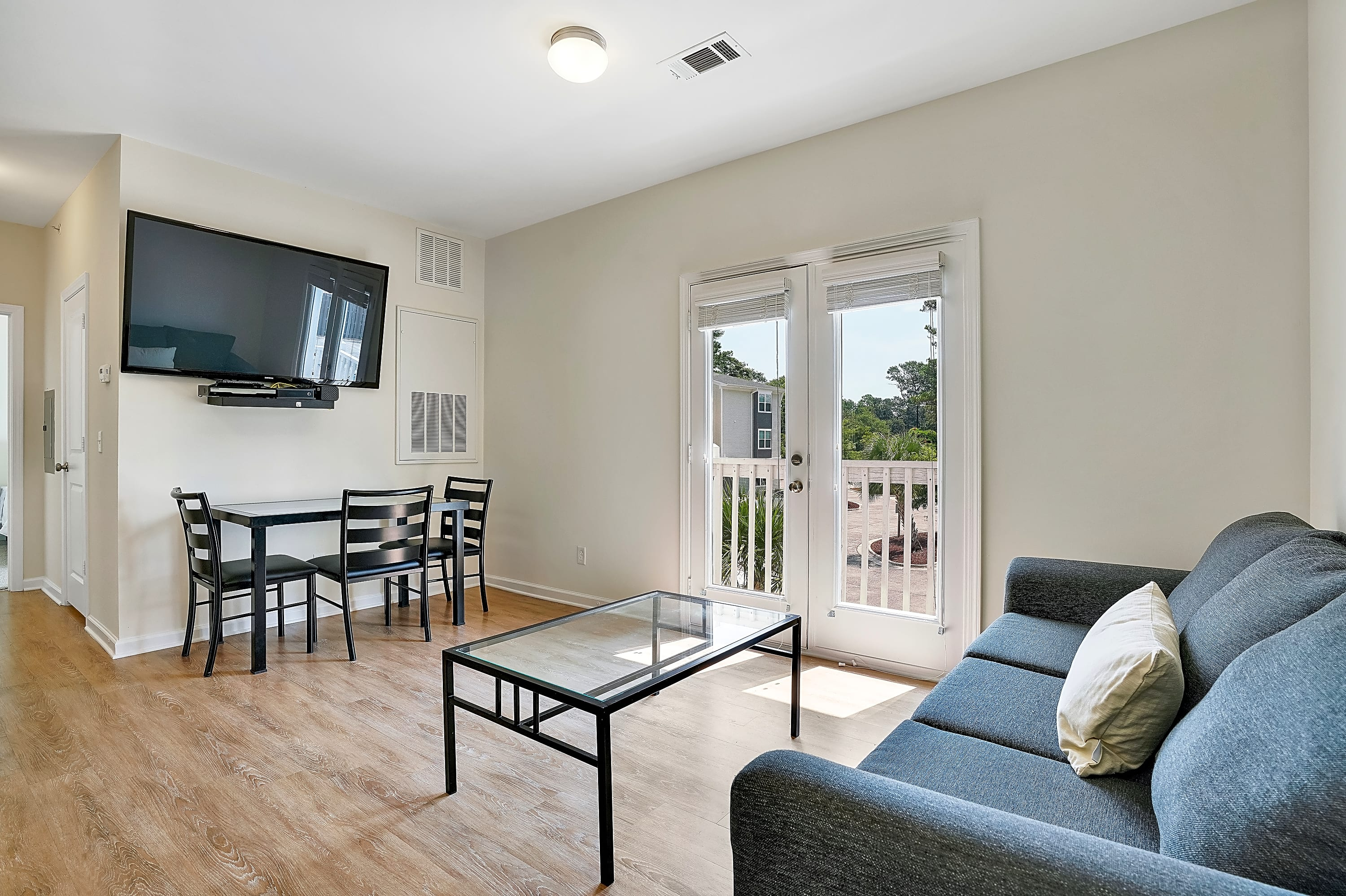 Apartments Near UNCW Elevation Student Living for University of North Carolina-Wilmington Students in Wilmington, NC