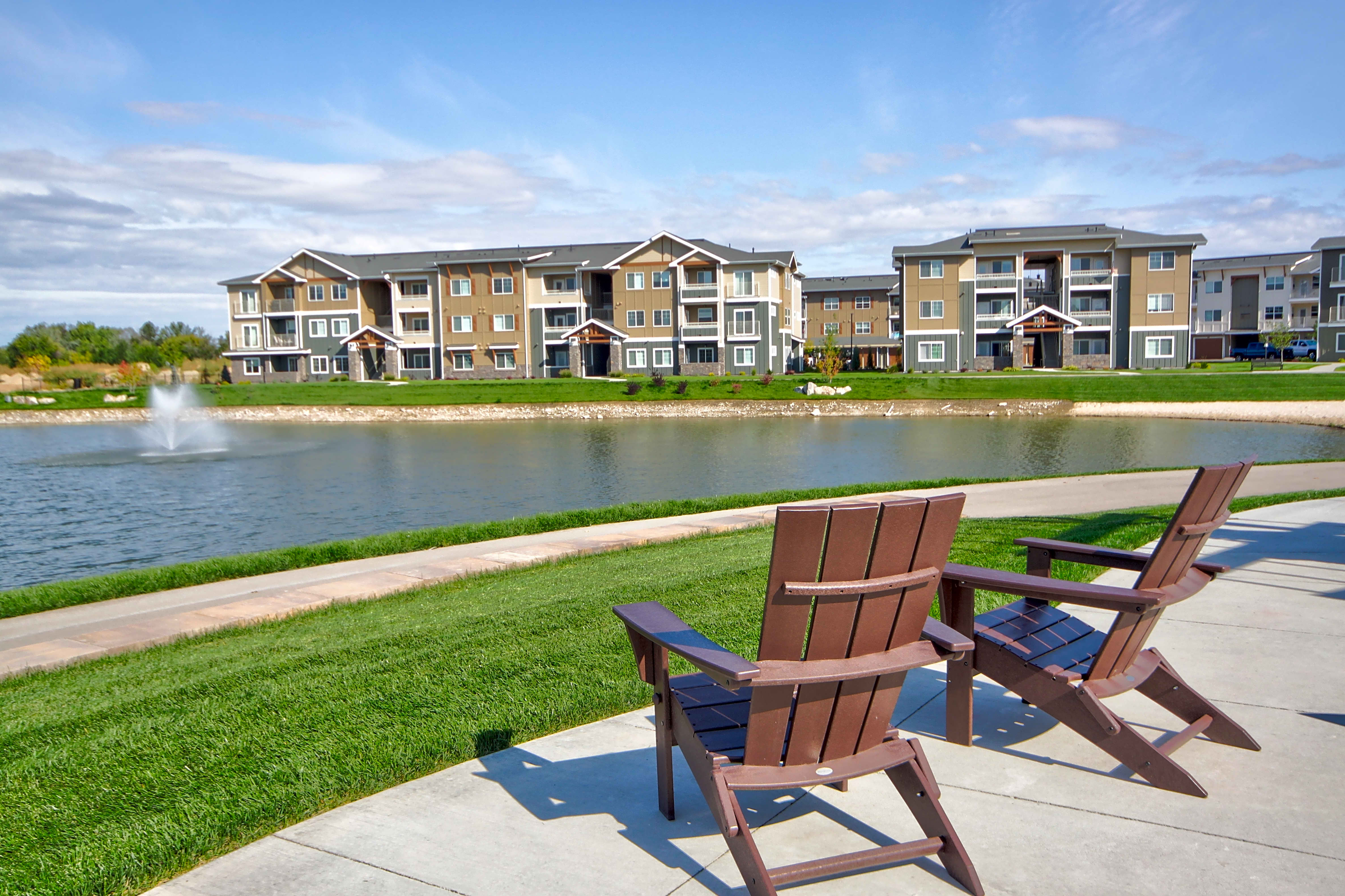 Apartments Near NNU The Lakes at Eagle for Northwest Nazarene University Students in Nampa, ID