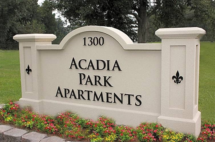 Welcome Signage at the Acadia Park Apartments in Houma, LA