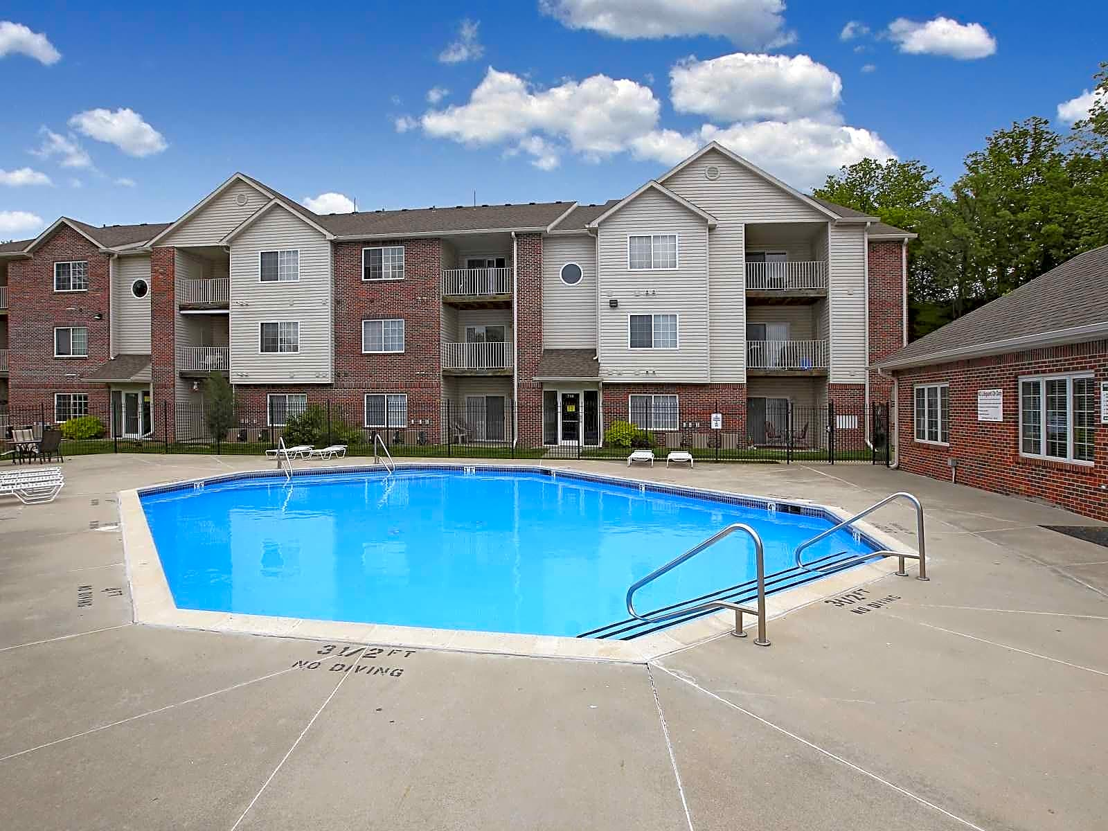 Apartments Near Bellevue Valley View Estates for Bellevue University Students in Bellevue, NE