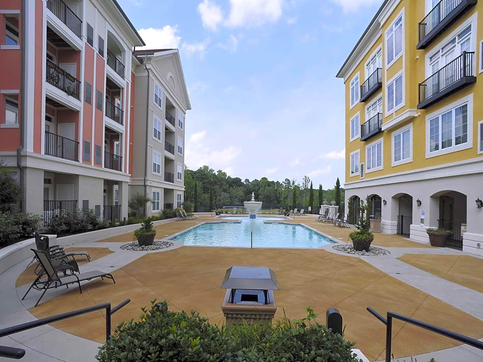 Apartments Near Fayetteville State University