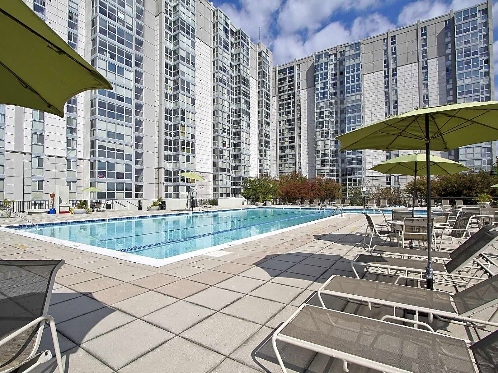 The monterey apartments north bethesda md 20852 for Academie de cuisine bethesda md