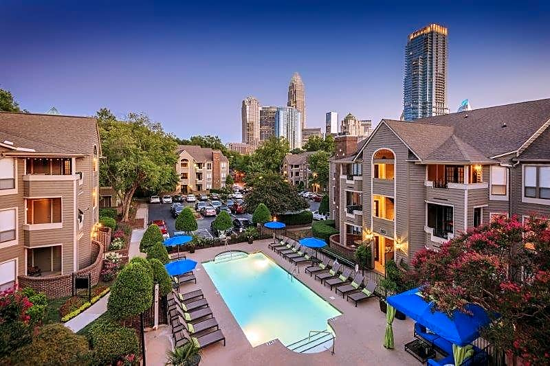 Apartments Near JCSU Uptown Gardens Apartments for Johnson C Smith University Students in Charlotte, NC