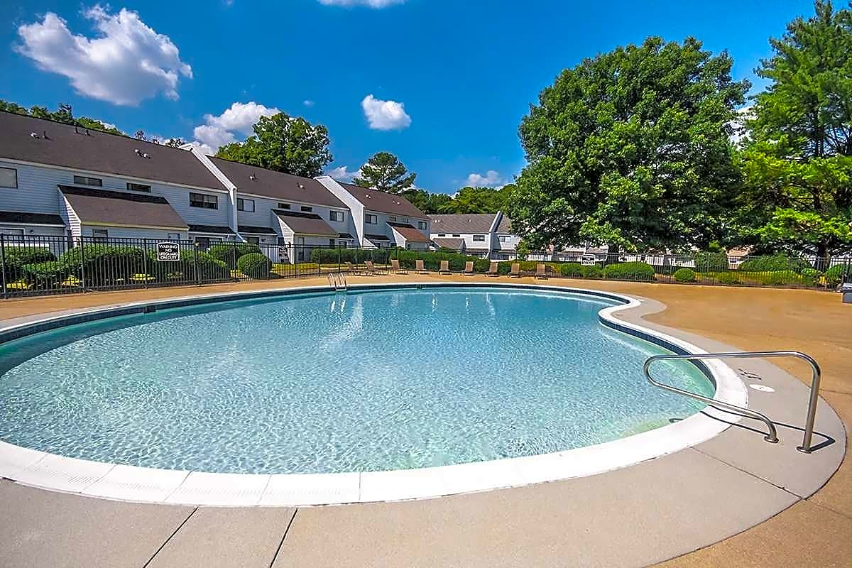 Pool with Expansive Sundeck and Wi-Fi