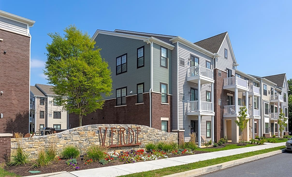 Apartments Near Lebanon Valley Verde Apartments for Lebanon Valley College Students in Annville, PA