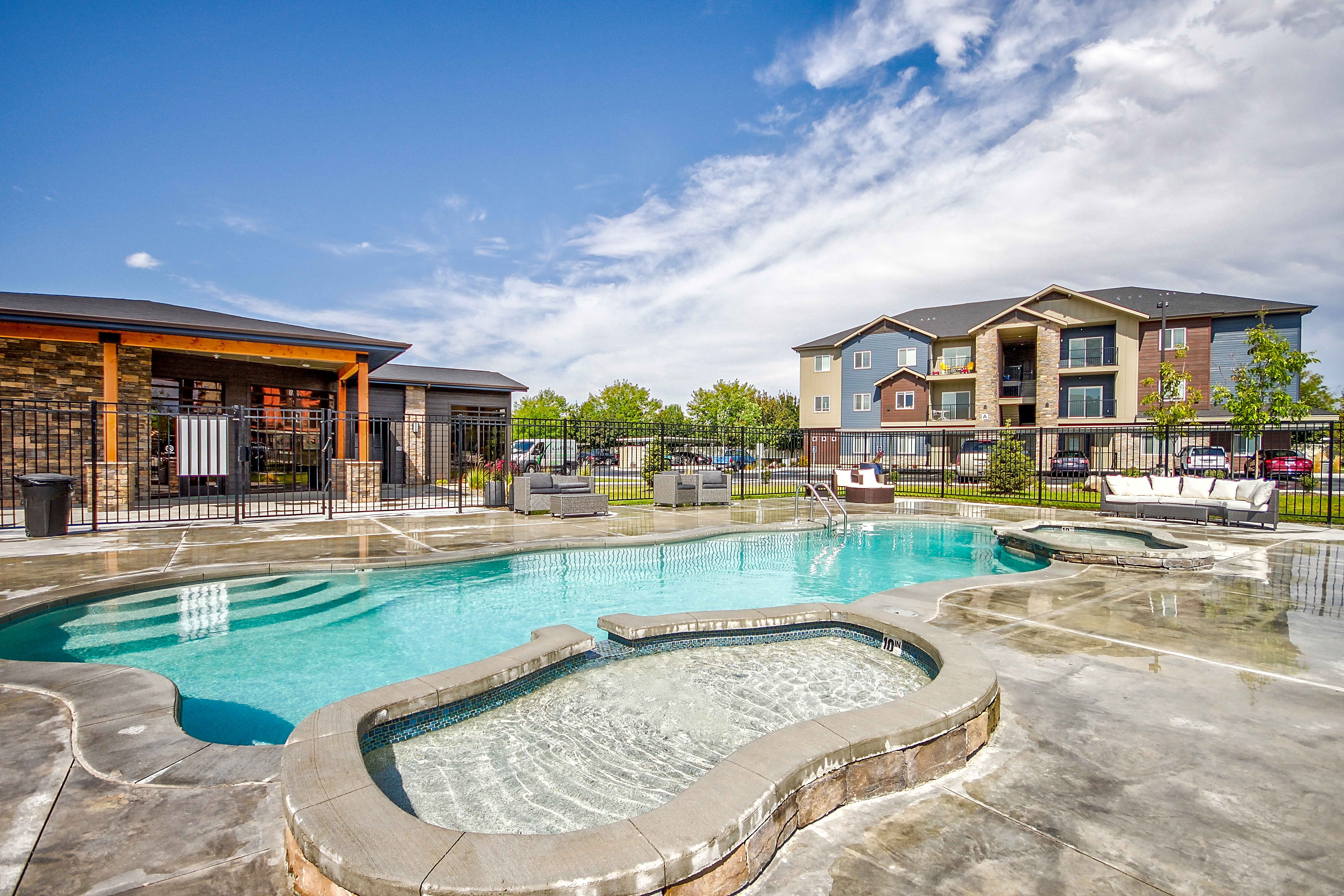 Apartments Near NNU Central Park Common for Northwest Nazarene University Students in Nampa, ID