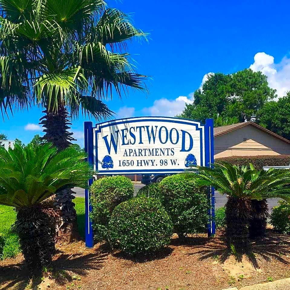 Westwood Village Apartments: Mary Esther, FL 32569