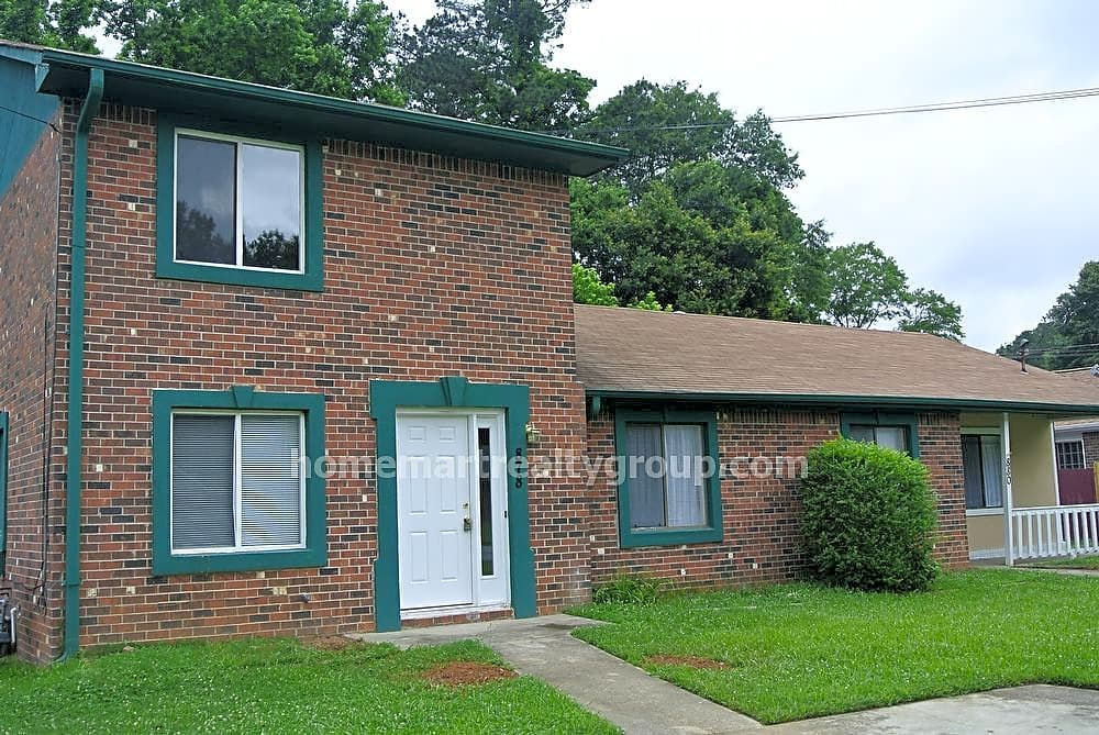 Duplex for Rent in Lawrenceville