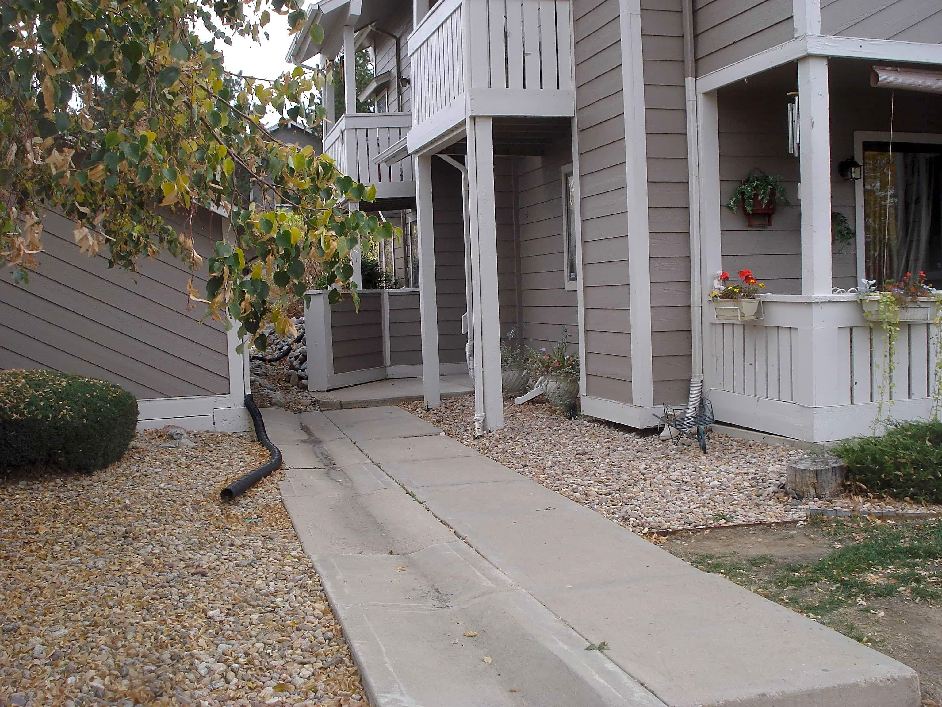 Condo for Rent in Aurora