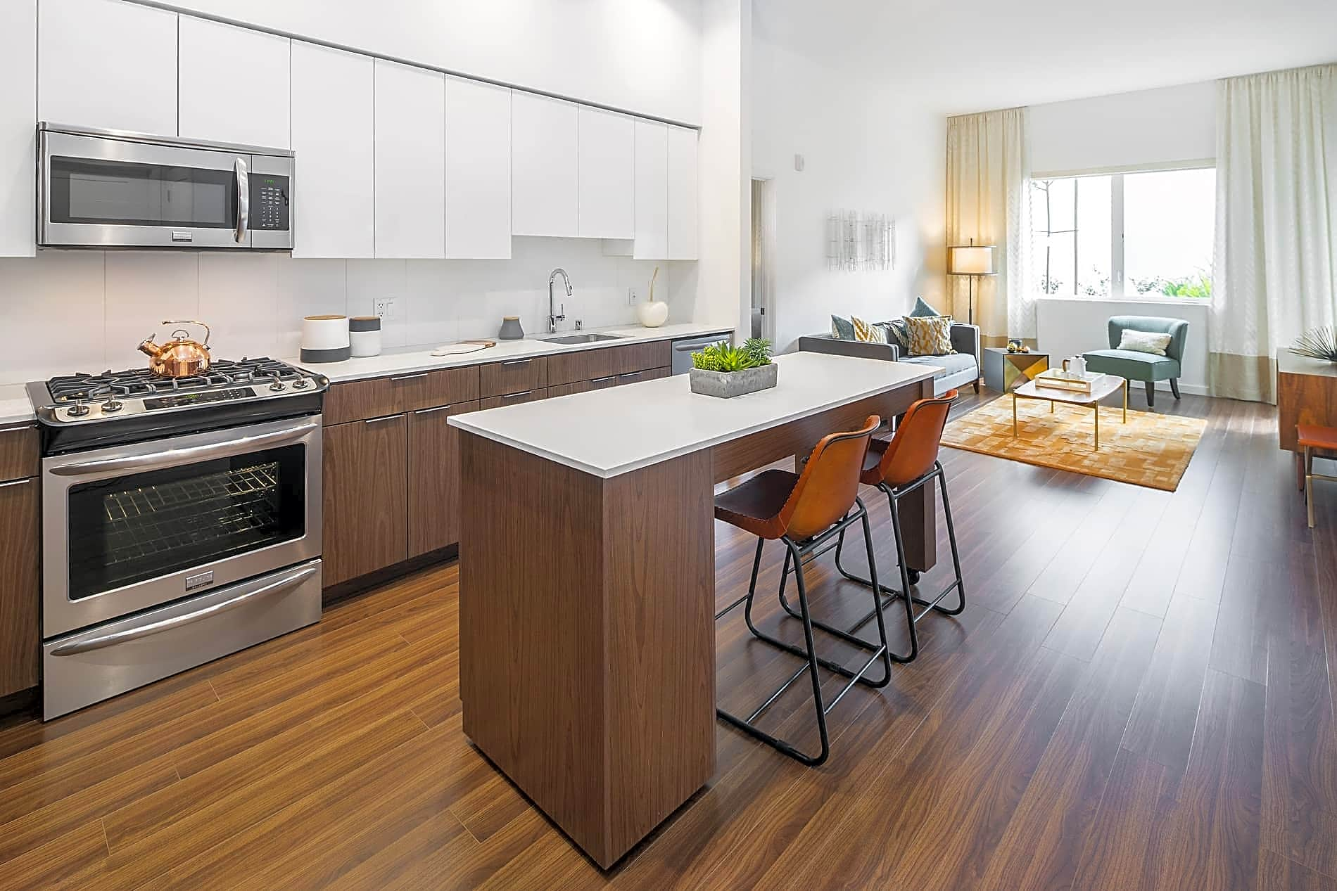 Apartments Near Foothill Verve for Foothill College Students in Los Altos Hills, CA
