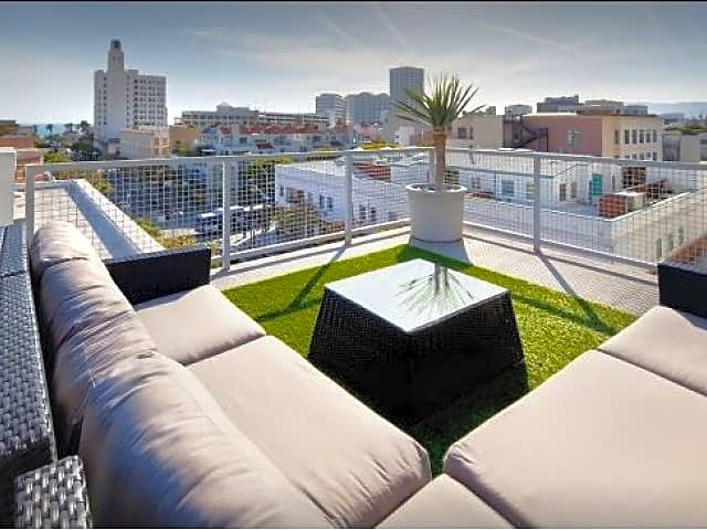 Rooftop Resident Lounge