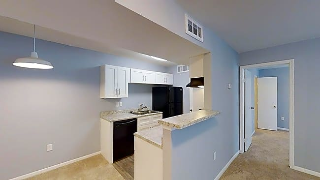 Apartments Near BC The Life at Forest View for Brazosport College Students in Lake Jackson, TX