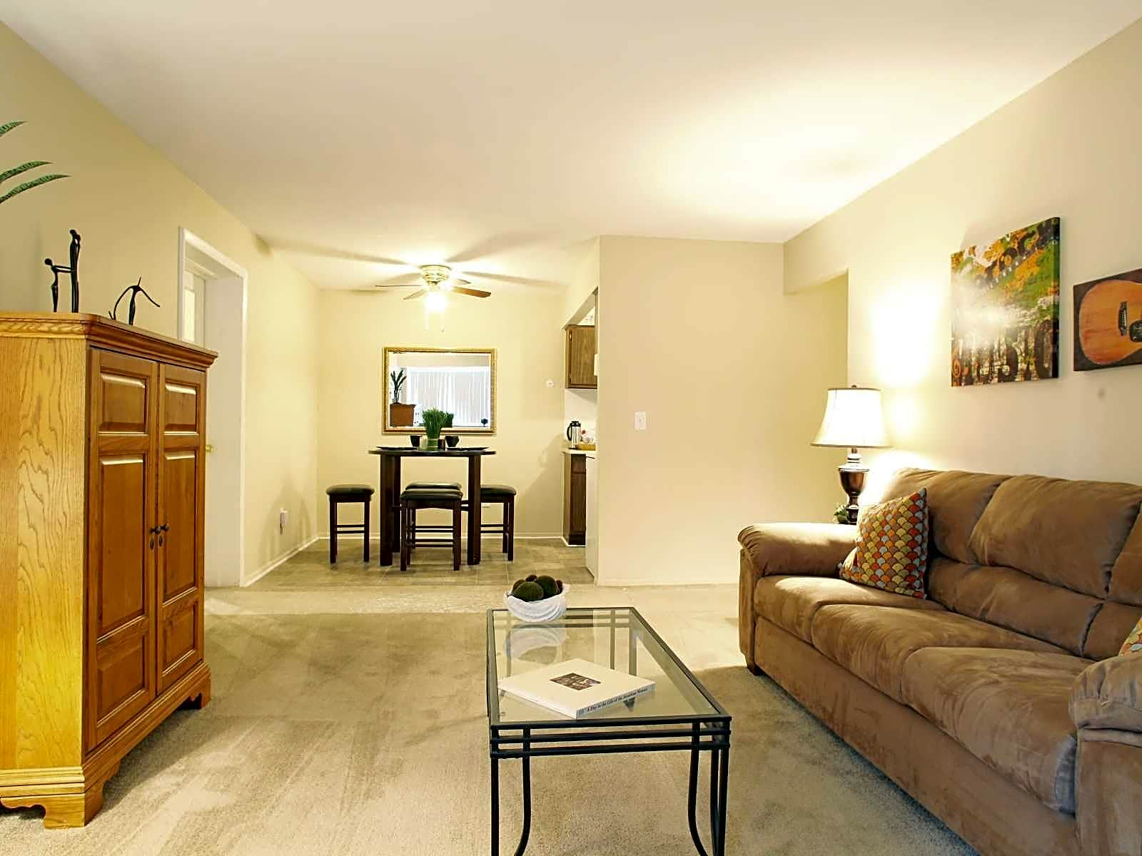 Photo: Monroe Apartment for Rent - $600.00 / month; 2 Bd & 1 Ba